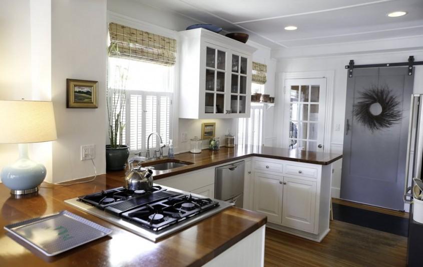 O casa pe coasta cu atmosfera rustica si relaxanta - O casa pe coasta cu atmosfera