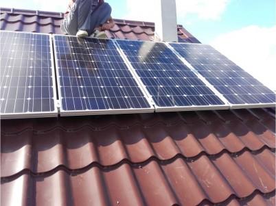 Instalare panouri fotovoltaice pe acoperisul unei case - Produse ITECHSOL