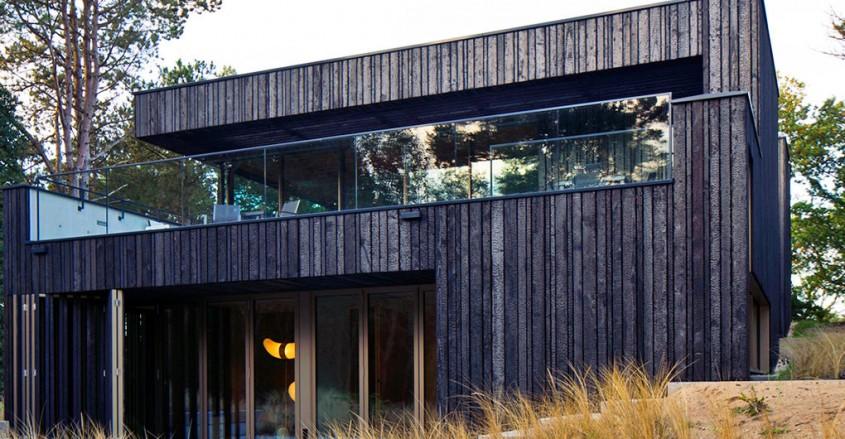 Casa din lemn si metal cu zero consum de energie - Casa din lemn si metal