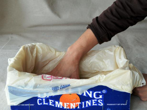 Cum se face ghiveciul pentru mirodenii - De făcut împreună cu cei mici ghiveciul pentru ierburi
