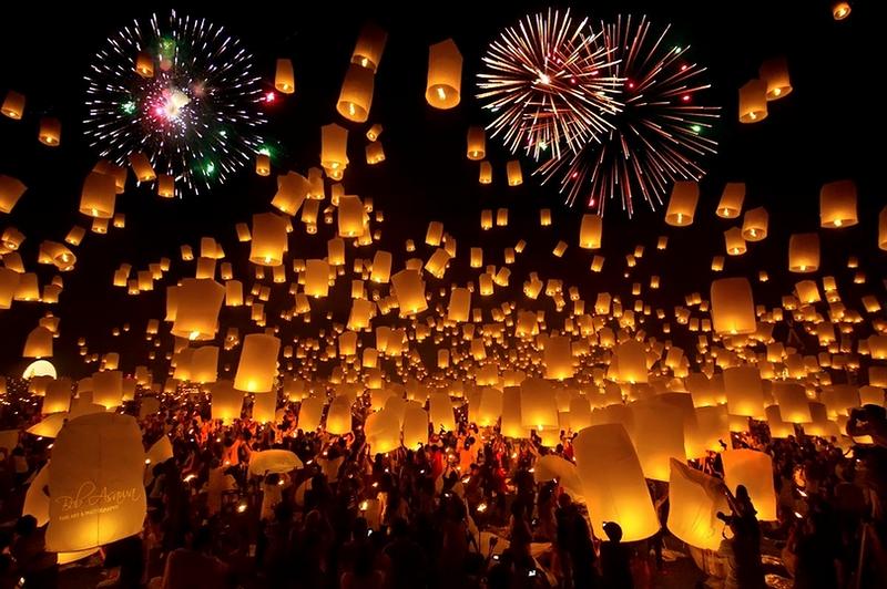 loykratong01-640x426 - Festivaluri urbane ale luminii