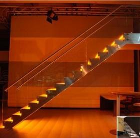 Scara din lemn dreapta sau balansata - EVENT LED - Scari din lemn drepte sau balansate - ESTFELLER