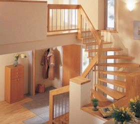 Scara din lemn dreapta sau balansata - FANTASY - Scari din lemn drepte sau balansate - ESTFELLER