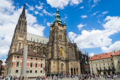Catedrala Sf. Vitus - O călătorie arhitecturală prin Praga, orașul celor 100 de clopotnițe - partea I