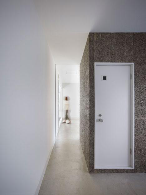 Cladire renovata pentru a face loc unui spa - Cladire renovata pentru a face loc unui