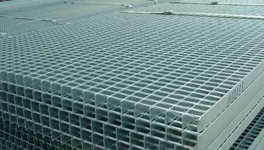 Gratare industriale sudate prin presare - Gratare metalice
