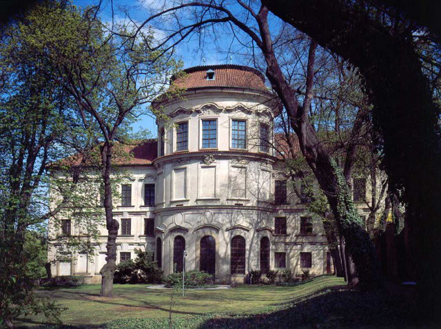 Palatul Sternberg - O călătorie arhitecturală prin Praga, orașul celor 100 de clopotnițe - partea a II-a