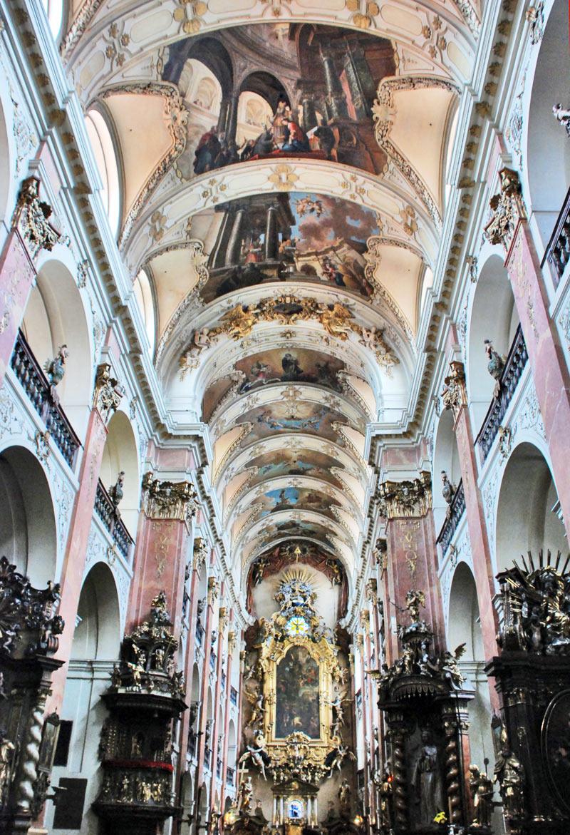 Biserica Doamnei Noastre Victorioase - O călătorie arhitecturală prin Praga, orașul celor 100 de clopotnițe - partea a II-a