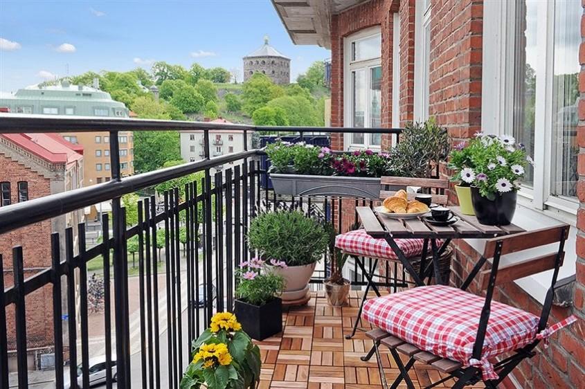 Balcoanele deschise - perfecte pentru vara - Balcoanele deschise - perfecte pentru vara