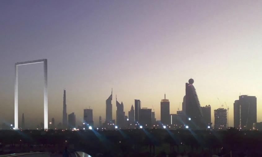 """Dubai Frame - Cea mai mare """"ramă foto"""" din lume este o clădire!"""