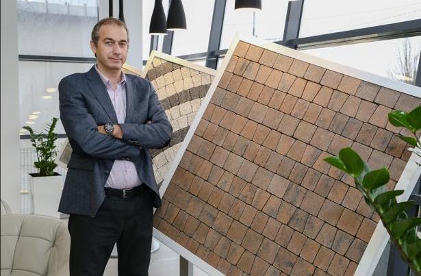 Sebastian Bobu Director Executiv Symmetrica - SYMMETRICA afaceri de aproape 10 milioane de euro in primul