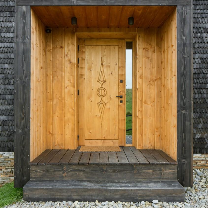 Modele de intrari impresionante cu uși care se pliază pivotează și se rotesc - Modele de