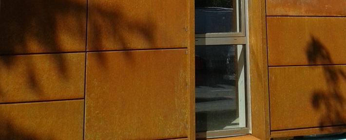 Fatada din otel Cor-Ten - cladire de birouri Cluj - Fatada din otel Cor-Ten - cladire