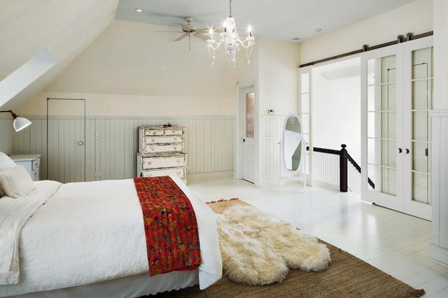 Covor piele de oaie - Covorul alb tip piele de oaie: cum îl păstrezi ca nou?