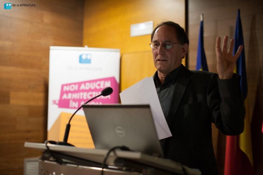 Prof arh H Hubrich - Universitatea Weimar Bauhaus - De-a Arhitectura Talks editia a-II-a - conferinta