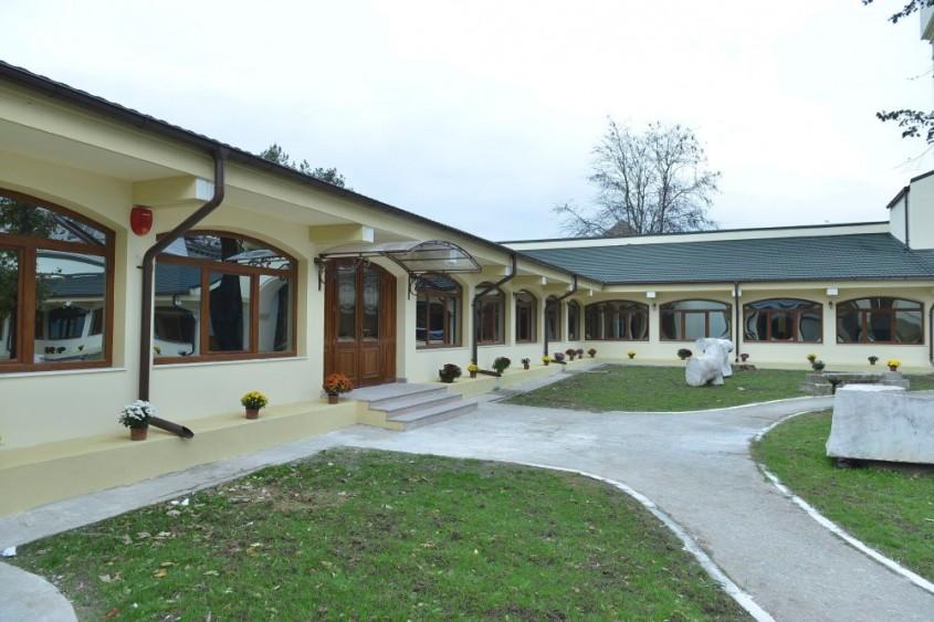 Seminar organizat de DECRA ICOPAL ROMANIA si SC EXPO TEST CONSTRUCT SRL - Seminar organizat de