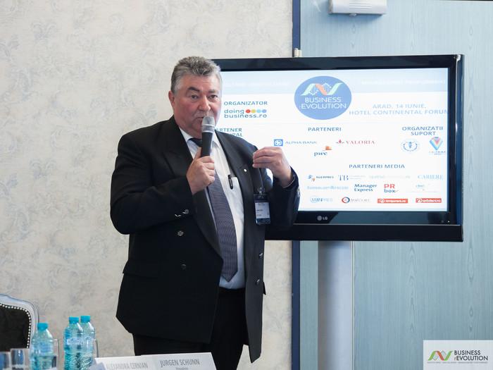 IMG_24451111 - La Arad, Doingbusiness.ro încheie prima parte a seriei de conferințe naționale  Business (r)Evolution