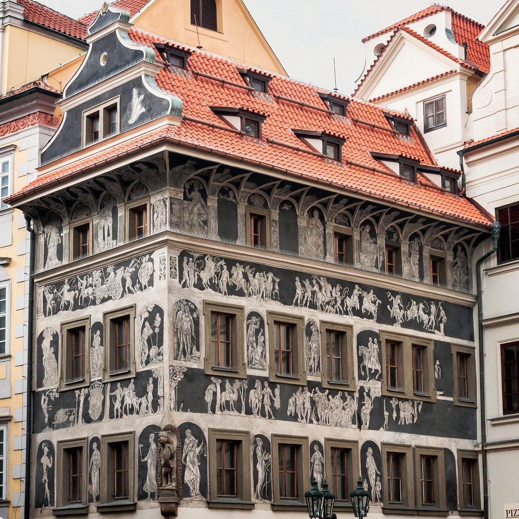 Casa La Minut - O călătorie arhitecturală prin Praga orașul celor 100 de clopotnițe - partea