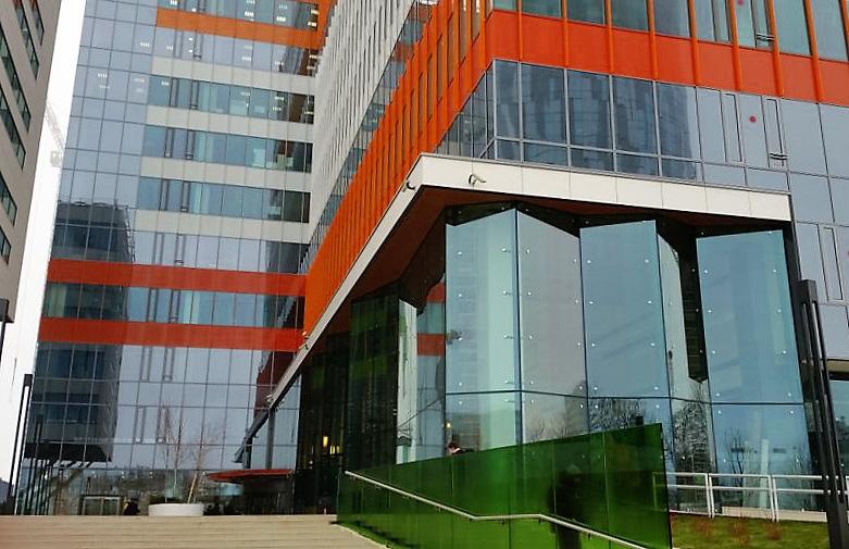 Fatada de sticla tip Spider Glass - geam termoizolant cu sticla securizata si laminata - Green Court - Fatada de sticla tip Spider Glass - Green Court Bucharest