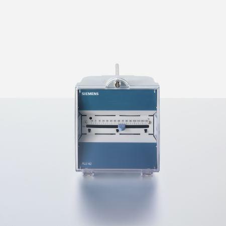 Synco 100 - regulator de temperatura senzor si panou de comanda toate combinate intr-o singura unitate