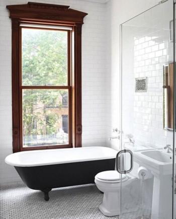 Cada neagra de baie - Oare ce putem vopsi in negru intr-o casa?
