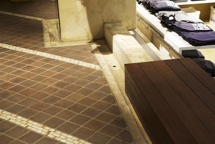 Nobuo-Araki-Restores-Swimming-Pool-Into-Shop-6 - Magazinul Piscina Aoyama