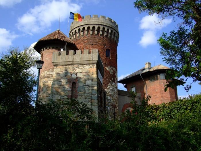Castelele ascunse ale Romaniei - partea I - Castelele ascunse ale Romaniei - partea I