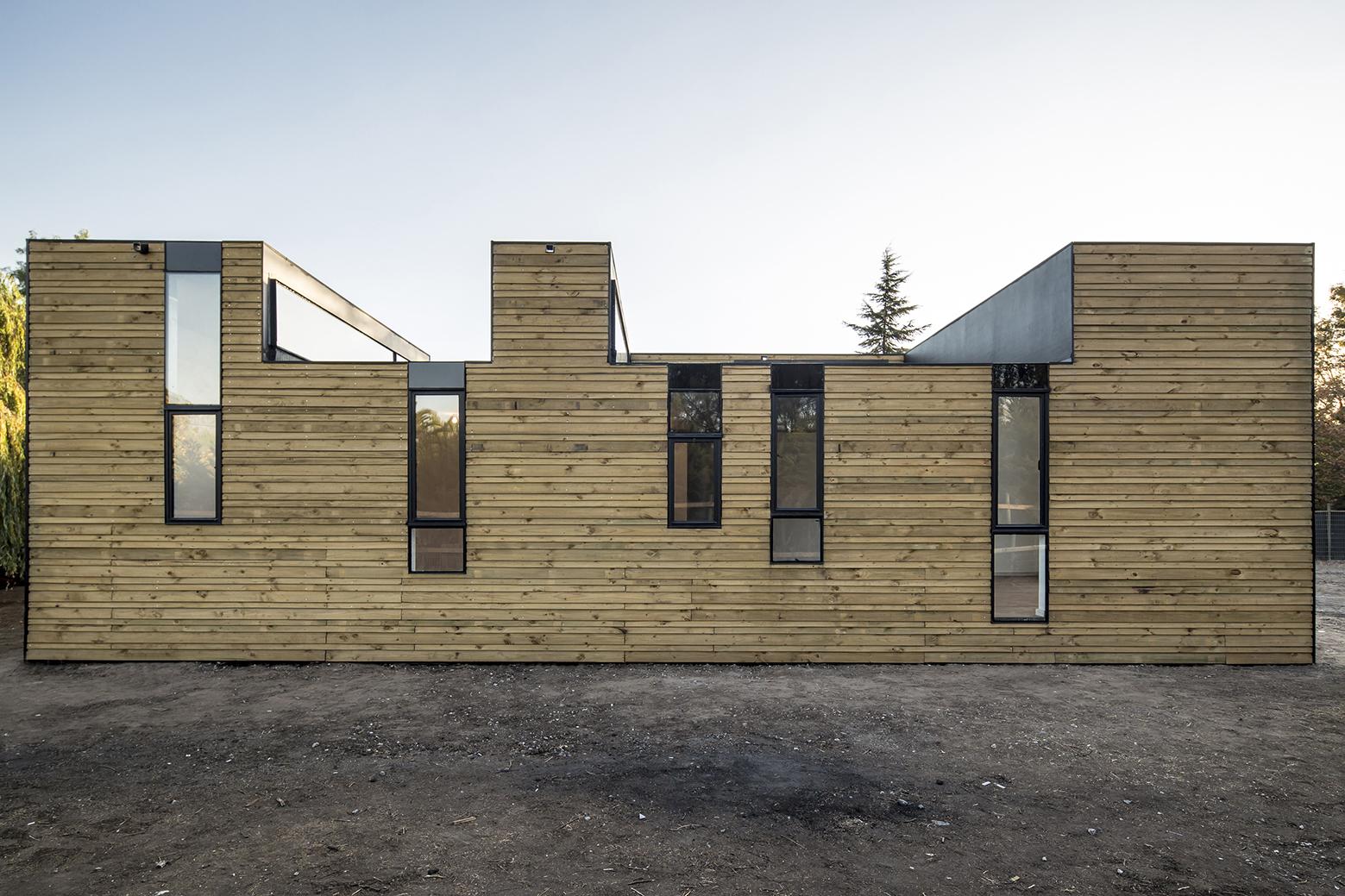 Locuinta Sipm3 O Casa Din Panouri Prefabricate Dar Cu