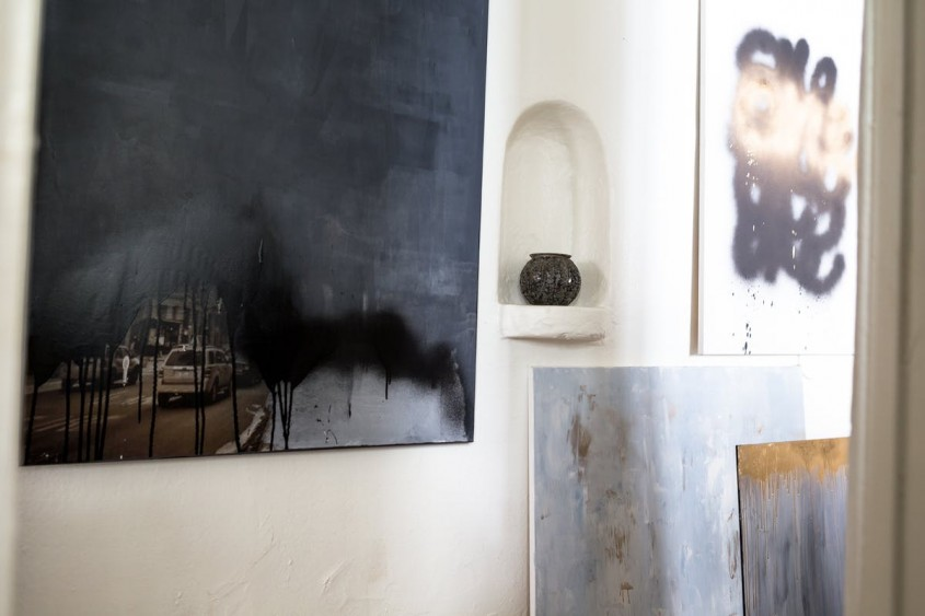 Apartament in alb si negru pentru un artist - Apartament in alb si negru pentru un