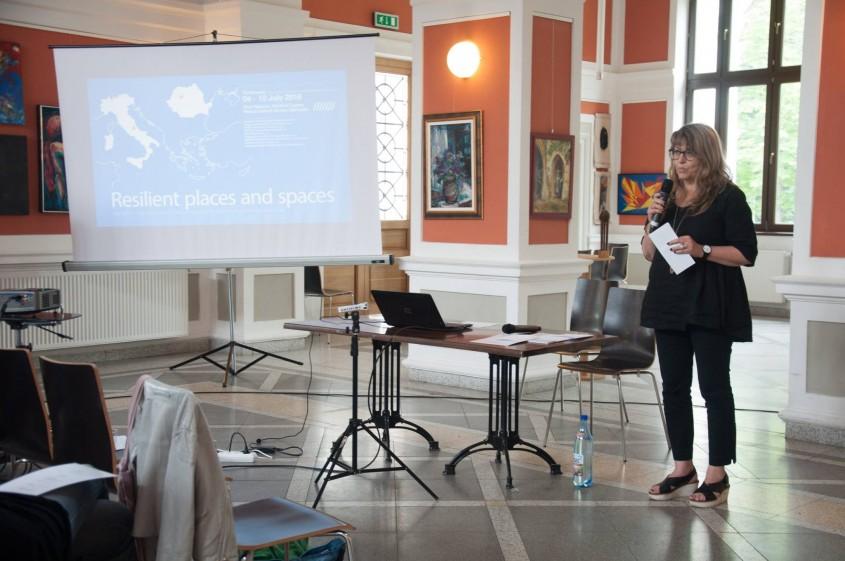 Paola Rizzi - De la joc și simulări urbane la evaluari ale patrimoniului local realizate interactiv