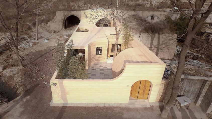 Locuinta din pamant - Dintr-o pestera degradata au facut o casa moderna