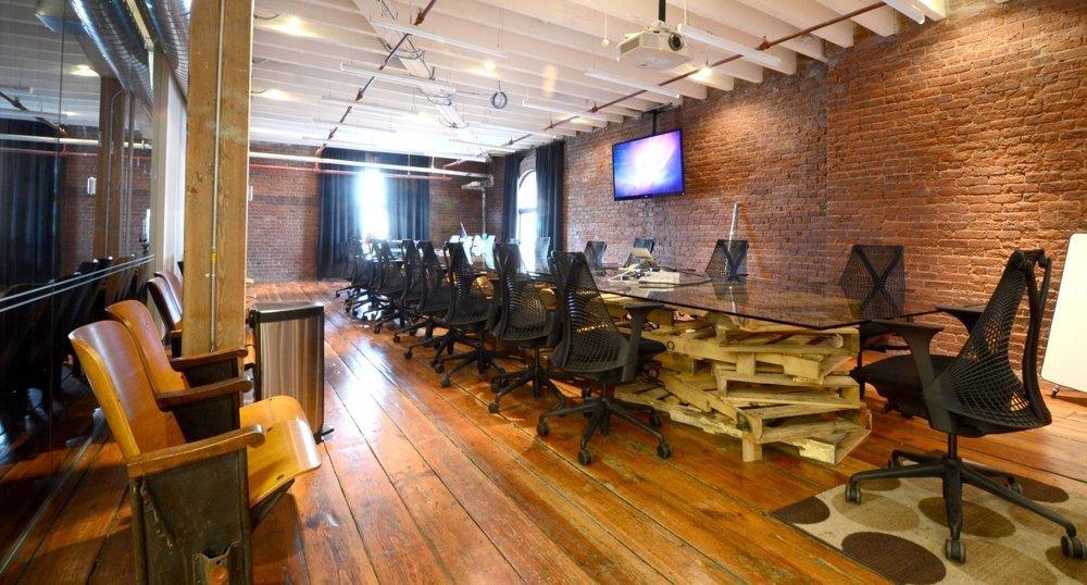 Design industrial autentic pentru birourile companiei Quirky - Design industrial autentic pentru birourile companiei Quirky