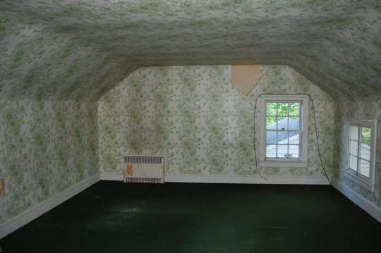 O casa de la tara veche de 100 de ani revine la viata - O casa