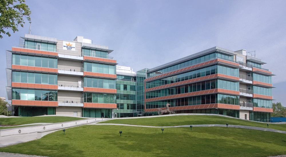 Prelucrare sticla caldire de bioruri Bucharest Business Park - Complex de birouri Bucharest Business Park