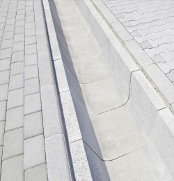 Rigole din beton compact pentru trafic auto - Rigole din beton compact pentru trafic auto