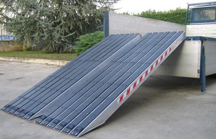 Rampa de incarcare din aluminiu cu invelis cauciucat Metalmec M120S - Rampe de incarcare