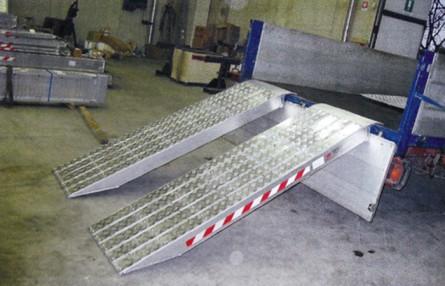 Rampa de incarcare din aluminiu cu invelis din foita de aluminiu Metalmec M120S - Rampe de incarcare