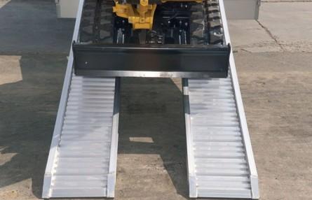 Rampa de incarcare pentru utilaje cu roti si cauciucuri Metalmec M070/M075/M080 - Rampe de incarcare