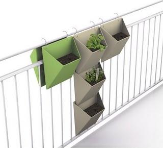 Set de ardiniere concepute de designerul Michael Hilgers (foto: homeapps.rephorm.de) - Idei decorative
