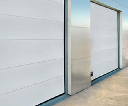 Design inovativ, calitate superioara  - Usi sectionale Crawford OH1042