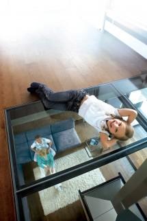Amenajare living cu sticla STADIP® - Sticla pentru amenajarea livingului