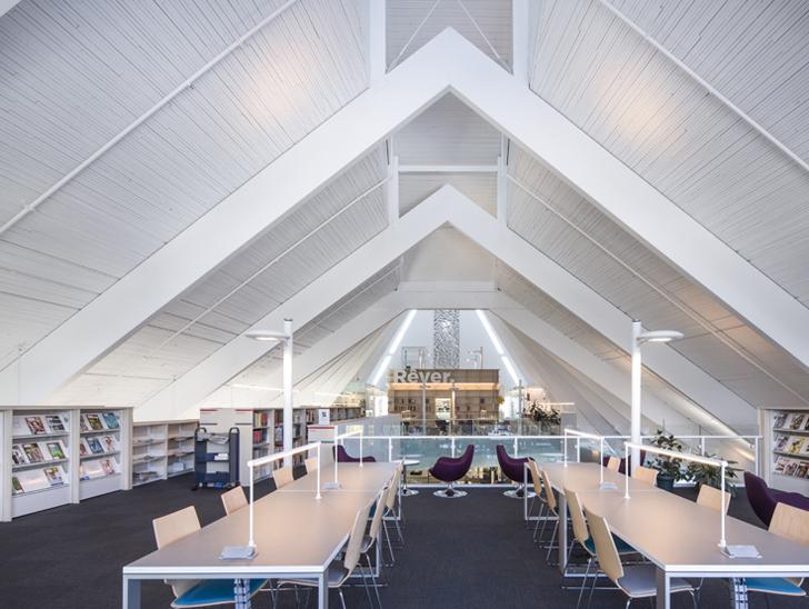 Arhitect roman isi pune amprenta pe reconversia unei biserici - Arhitect roman isi pune amprenta pe