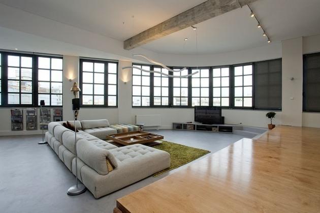 Apartament amenajat intr-o fosta fabrica - Apartament amenajat intr-o fosta fabrica - galerie 1