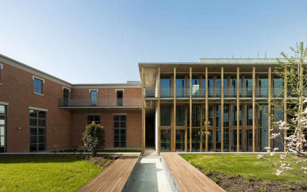 O veche fabrica din Milano, tranformata cu ajutorul betonului aparent - O veche fabrica din Milano