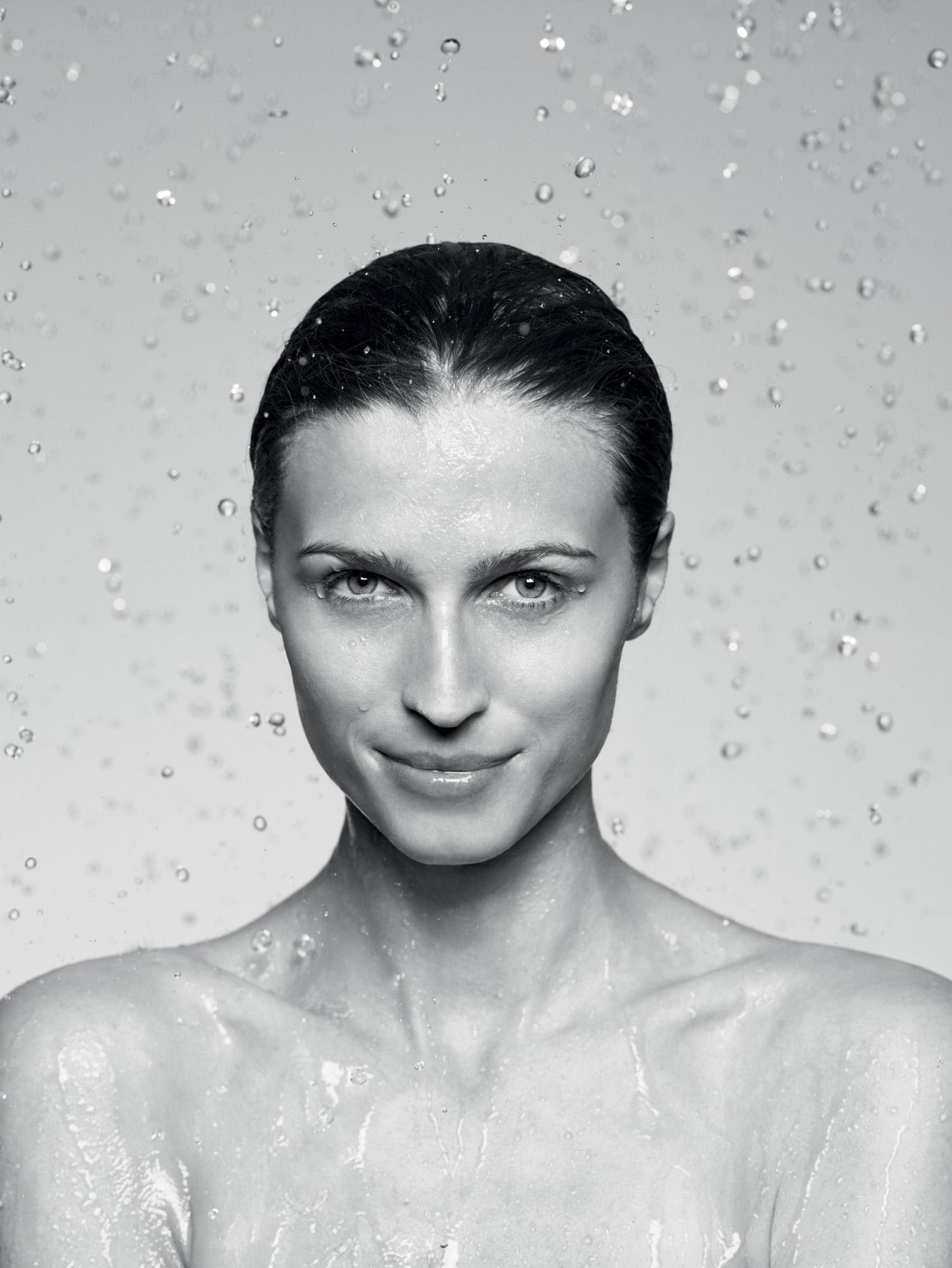 People Bathroom portrait - Afaceri in crestere cu peste 20% pentru KLUDI Romania in 2013