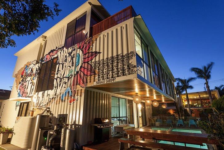 Cea mai mare locuinta din Australia realizata din containere de marfa - Cea mai mare locuinta