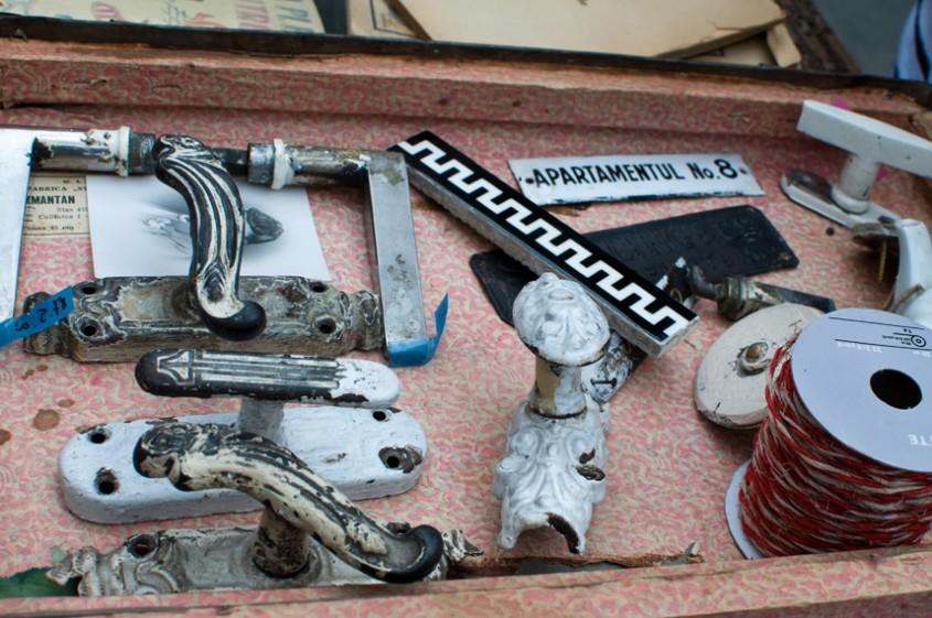 Obiecte din metal ce pot fi reconditionate (foto Alina Miron) - Obiecte metalice ce pot fi
