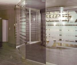 Pereti mobili transparenti, din cristal, cu glisare pe orizontala AUTOMATIC - Peretii mobili glisanti pe orizontala, transparenti