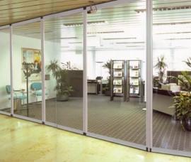 Pereti mobili transparenti, din cristal, cu glisare pe orizontala ERMETIK - Peretii mobili glisanti pe orizontala, transparenti