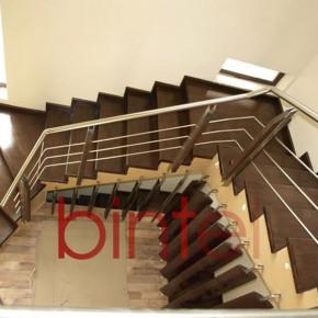 Scara placata cu lemn si balustrada din inox cu montanti din stejar - Scari